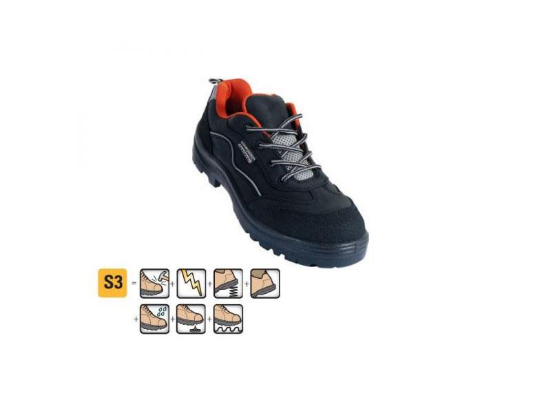 حذاء السلامة
